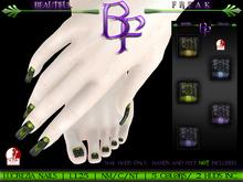 Beautiful Freak: Lucrezia nails - ldg1