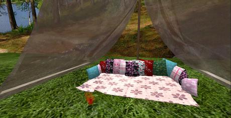 Pillow Lounger with Tent (Boxed)