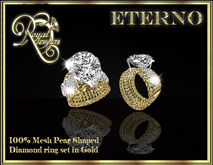 Eterno Ring - Gold. Pear shaped diamond ring - Mesh