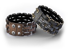 ::OESSO::Women's leather bracelet with metal frames