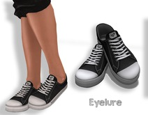 Eyelure Kicks Tennnies  - Black