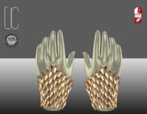 UC_Dragon_scale_braclet_Slink_casual_goldstripe