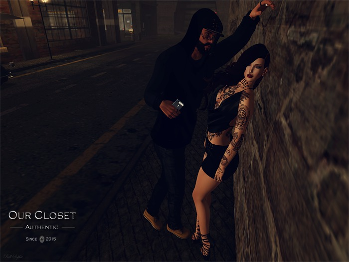.::Our Closet Store::. Pose - Urban couple