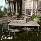 Fiasco - Yard Sale Set