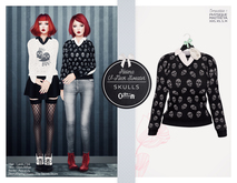 The Secret Store - Helena V-Neck Sweater - Skulls