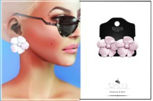 Flors Stud Blush by Tracei