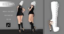 >Noir Neige< Mecan Boots - White