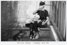 Secret Body - Mommy and Me - Pose