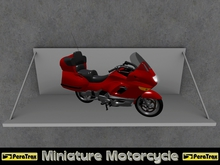 """(PeraTrax) - Miniature Motorcycle """"Luxury Tourer"""" [Red] /// Display Motorcycle /// Decor Motorcycle /// Transfer"""