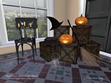 Halloween - Morticia's Halloween Decor