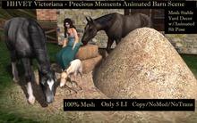 HHVET Victoriana Precious Moments Animated Horse Barn Scene