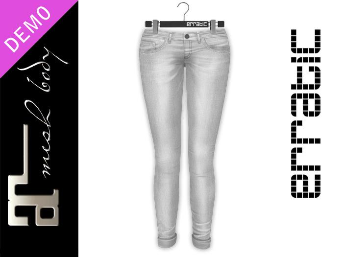 erratic / riri - sports bra + swift - jeans  DEMOS (maitreya)
