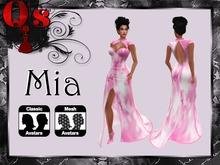 Q's Mia Pink