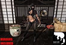 Black Cats poses - Katana female 5 + mirror