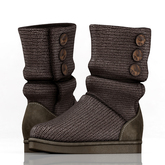 fame femme: Knitted Uggs  - Brown