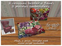 2 coussins broderie fleurs/2 pillows embroidery