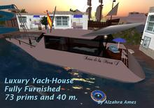 Luxury Yacht House(click for more pictures) by Alzahra Ames