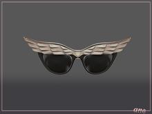 A N E Glasses - Fly Away Sunglasses in Light Wood
