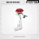 [Commoner] Gun Vase with Rose