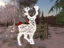 Christmas Reindeer /w Fence & Pine