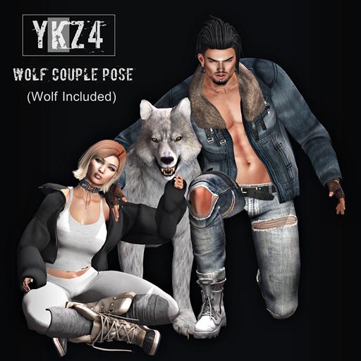 YKZ4. Wolf Couple Pose