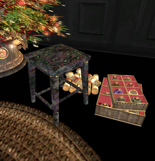 TLG - Our Festive Joy Decorating Stool