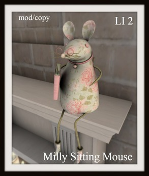Milly sitting mouse