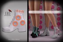 (*<*) 1313 B4U Go-Go Boots - White