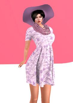 Lexxie Maitreya pregnant dress pink