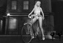 Secret Body - Bike pose