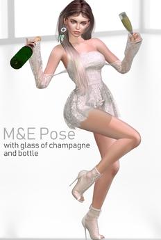 ! M&E Diva pose stan champanhe e taca
