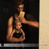 M E R C H- FAMILY POSE 11