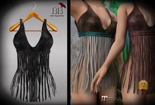 (*<*) 1313 Fringe Benefits - Black