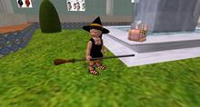 Tiny female halloween add on for my tiny ioumanes