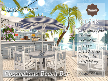 Maya's - Copacabana Beach Bar with Giver Drinks