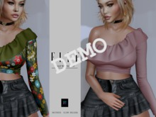 .::Elle Boutique::.  Vally Ruffle Top  DEMO