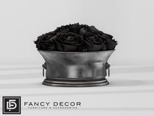 Fancy Decor: Royer Roses - black