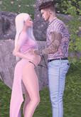 *MB* Bento pose Pregnant couple 2