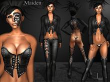 *DE Designs* - Maiden