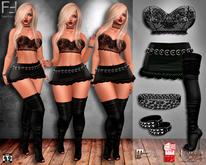 Outfit 108: Top, Skirt, Boots, Choker, Bracelet