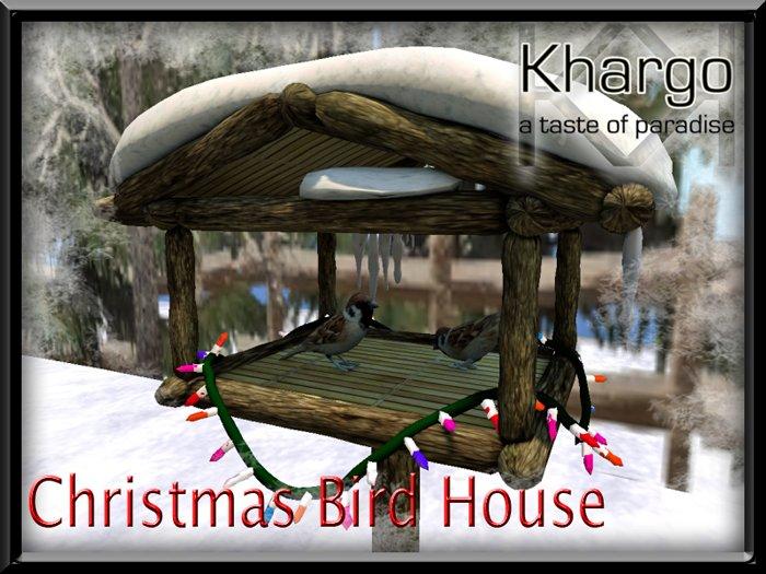CHRISTMAS / WINTER BIRD HOUSE WITH FLASHING LIGHTS