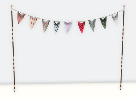 (Milk Motion) fabric string flags