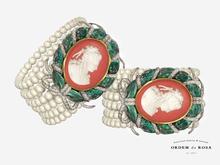 Ordem da Rosa - Cameo Pearl Bracelet (Emerald)