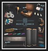 SAYO - Headphones & Vinyl Cluster - COMMON
