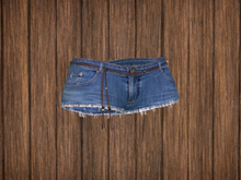 Ohana Belted Denim Shorts DEMO [BF] (WEAR TO UNPACK)
