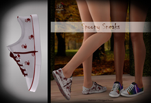 (*<*) 1313 Canvas Sneakers - Red Handed