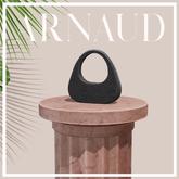 ARNAUD The Gio Handbag in Noir