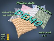 Pillow pile DEMO *Box*