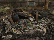 Trash Pile 3 - Mesh - low prim