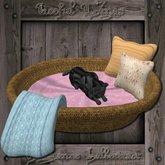 Pet Basket 7 w pillows